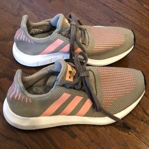 Women's adidas Swift Run
